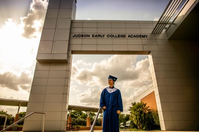 san antonio graduation photographer